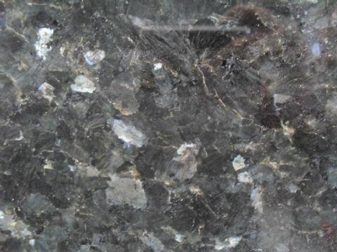 Granito Labrador Oscuro_1